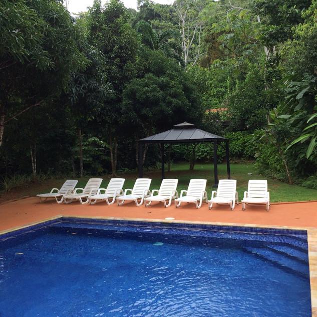 04-pool.JPG