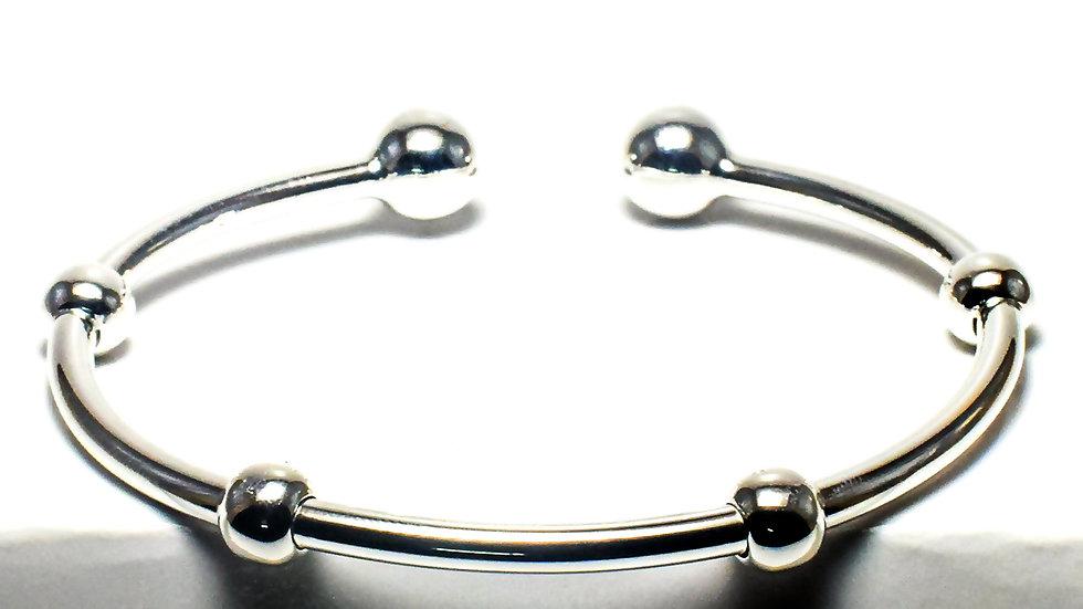 Channel Beads Women's Silver Cuff Bracelet Kada