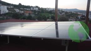 Paneles Solares dentro de Campo de Golf
