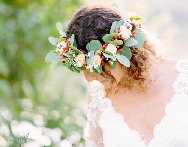 circlet with bride.jpg