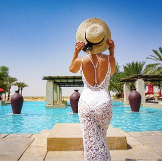 bab al shams swimming pool