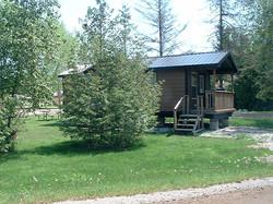 Cabin_B_yard