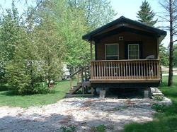 Cabin_B_front