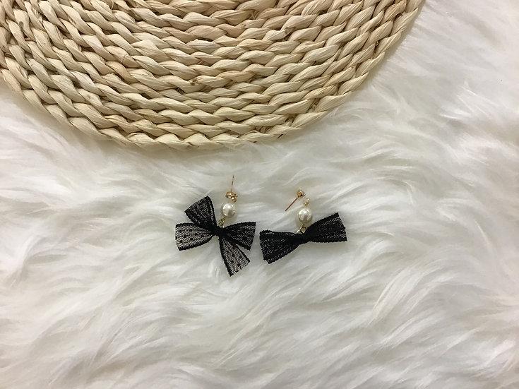 Black Lace Bow