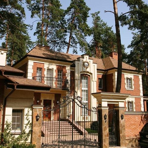 Шикарный дом в лесной части поселка Романков