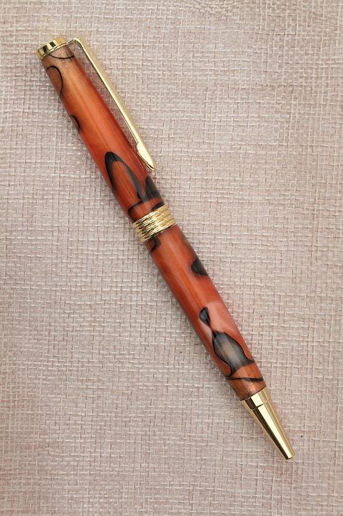 Penna modello Essenziale in Resina