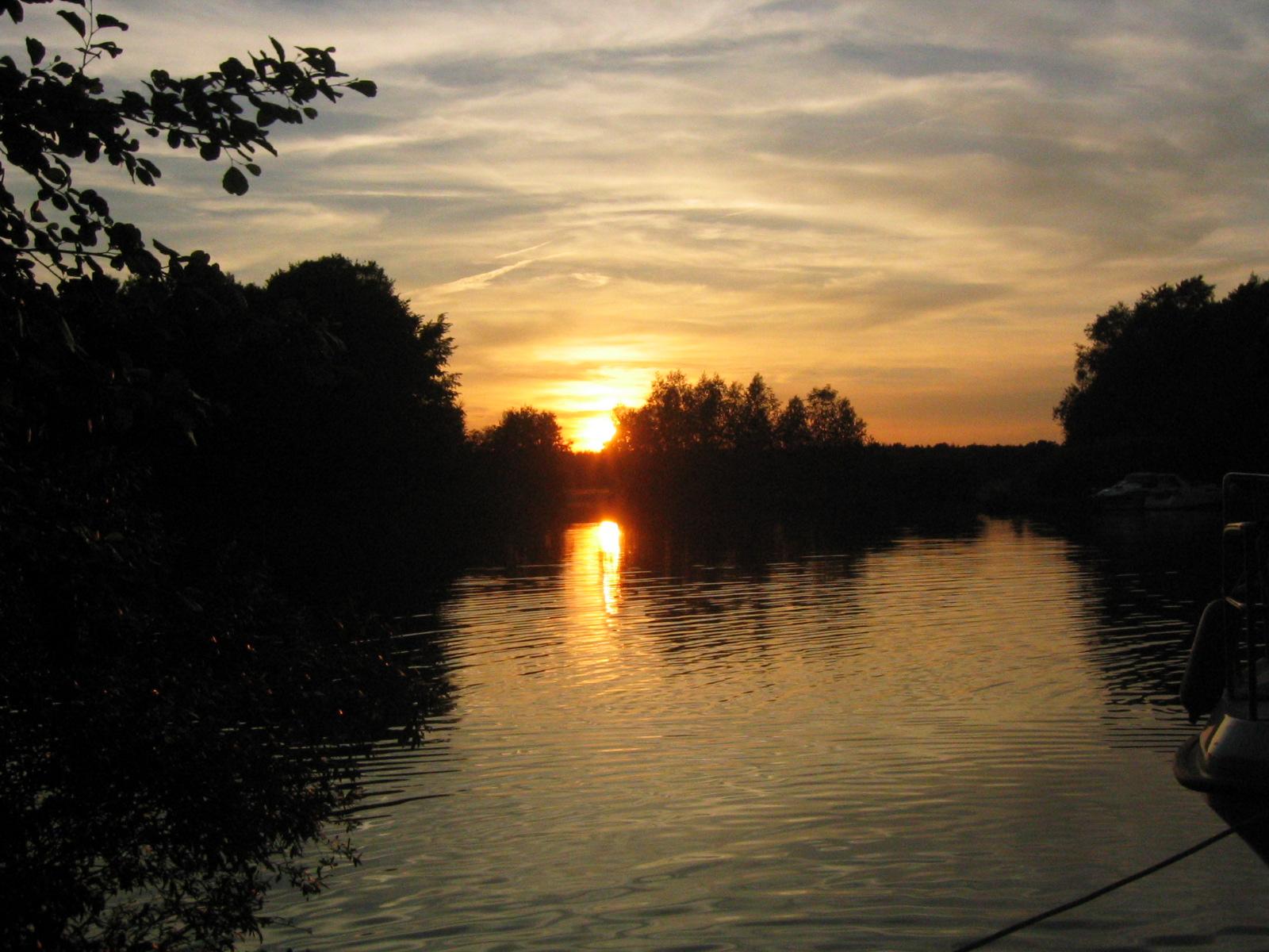 Sonnenuntergang auf der Spree