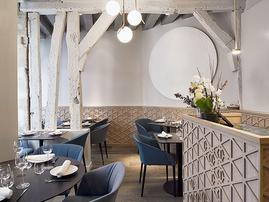 Livraison d'un nouveau restaurant gastronomique à Paris 6ème I Yoshinori