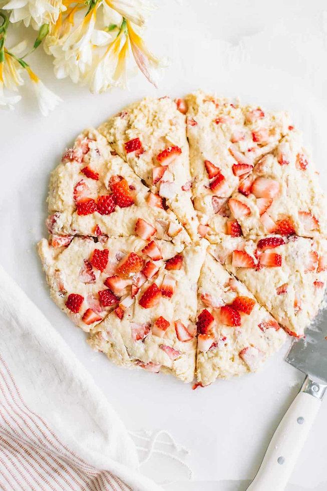 скоунс с пресни ягоди и маково семе-lubkailievakk