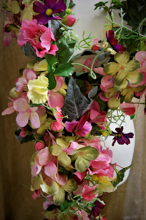 * Pink Sweetpea Poppy & Faux Floral Garland