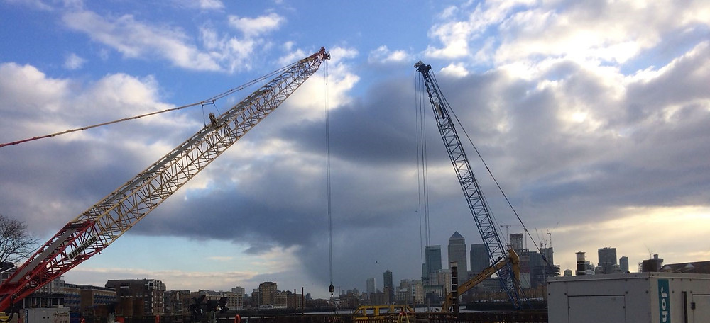 Vibrocoring from cranes