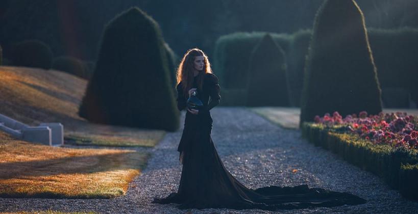 Sisley - Izia la nuit