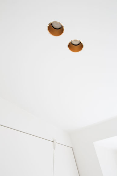 ceiling_lights_detail.jpg