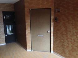 新高ハイツ ドア