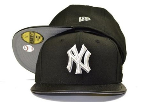 New York Yankees New Era Black/ Leather Brim 59fifty Fitted Hat