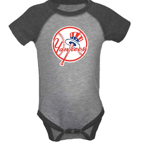 New York Yankees Vintage Navy Infant Creeper