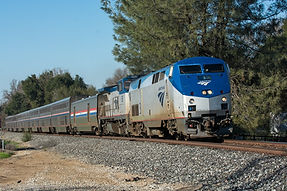 RRTODAY-Amtrak-El-min.JPG