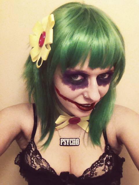 Psycho Necklace: Joker Cosplay