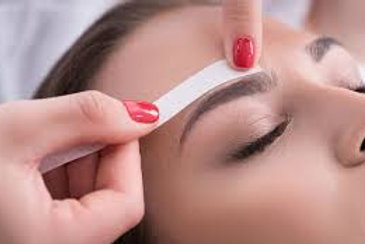 Brow Shaping & Contour