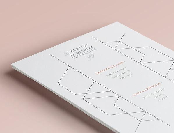 L'atelier de Gaspard est un studio de création graphique et conseil en communication basé au nord de Lyon. L'atelier de Gaspard s'inscrit dans une démarche de création d'identités fortes et accompagne les entreprises sur leurs stratégies de communication. Identité visuelle / logos, charte graphique / - Edition / plaquettes, brochures, flyers / - Conseil en communication