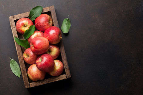 apple_on_table.jpeg