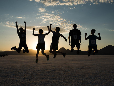 What is it like running on the Salt Flats at night? Dusk to Dawn Relay Race reviews