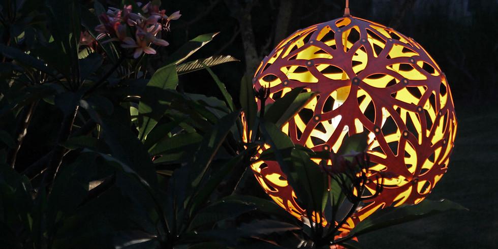 """""""Lights of Nature"""" - uma exposição inédita de luminárias do premiado designer David Trubridge"""