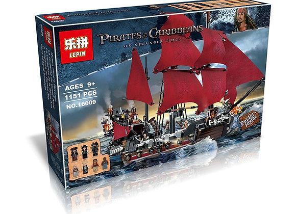 Конструктор LEPIN Корабль Месть Королевы Анны (Артикул: 16009)