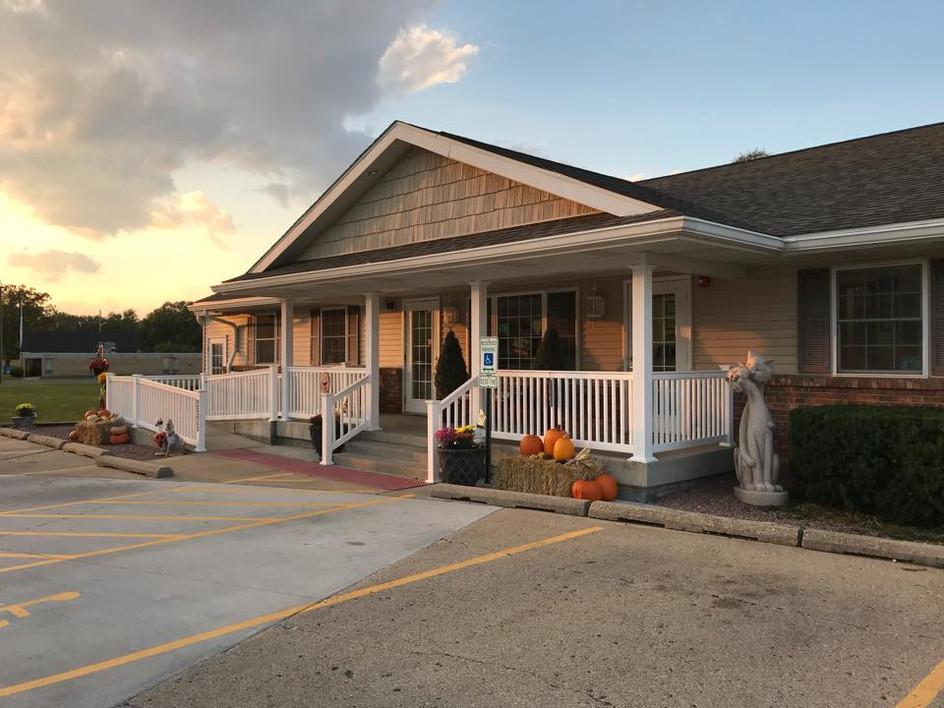 Howliday Inn & Suites at SAVC