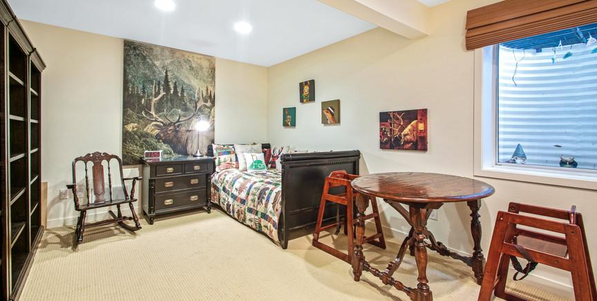 lower level bedroom 1.jpg