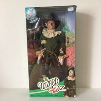 The Wizard of Oz Scarecrow Collector Figure