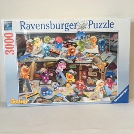 """Ravensburger """"German Tourists"""" Puzzle"""