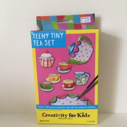 Creativity For Kids - Teeny Tiny Tea Set