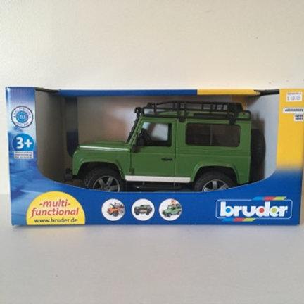 Bruder LDand Rover Defender Station Wagon #02590