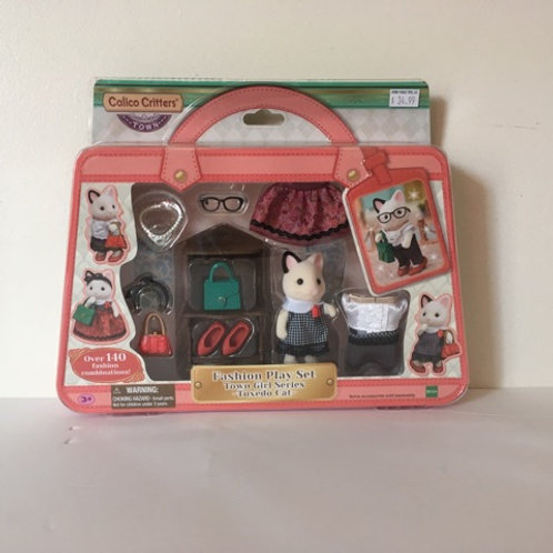 Calico Critters Fashion Play Set - Town Girl Series Tuxedo Cat