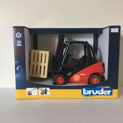 Bruder Truck #02511