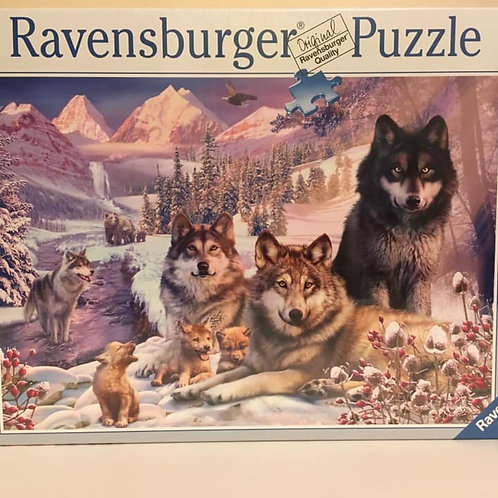 Ravensburger 2000 pc Puzzle, Wolves in snowy mountains