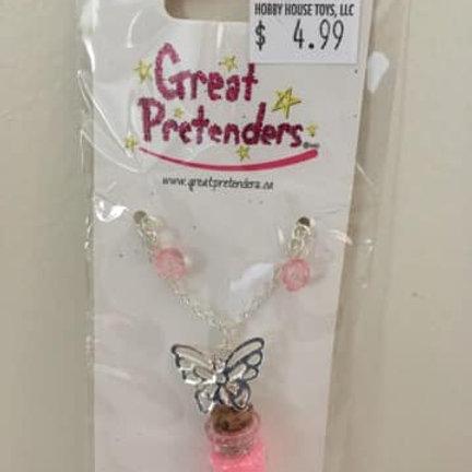 Great Pretenders, Butterfly necklace