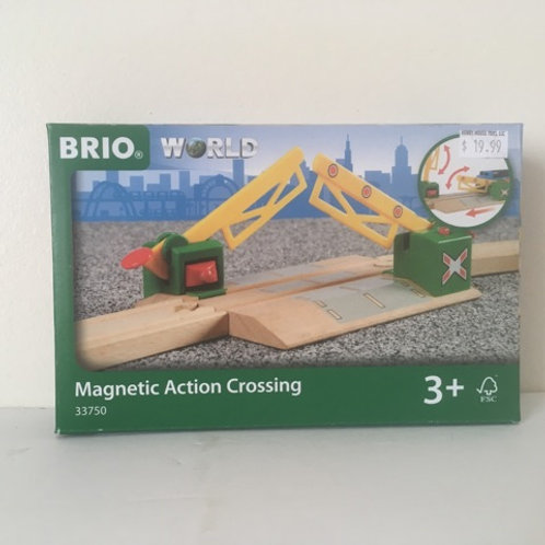 Brio Magnetic Action Crossing Set #33750