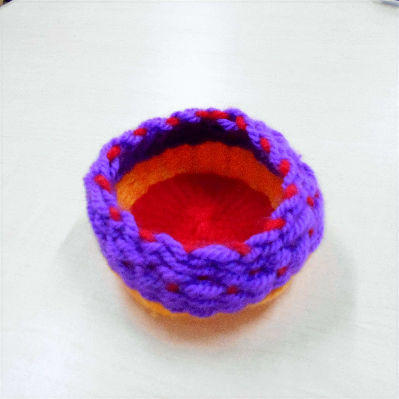 手織りの入れ物