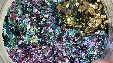Blending Luminosity Glitter's Peacock Blend