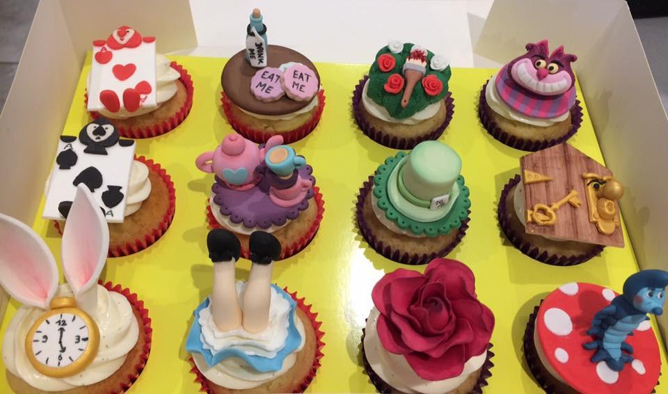 Cupcakes alice.jpg