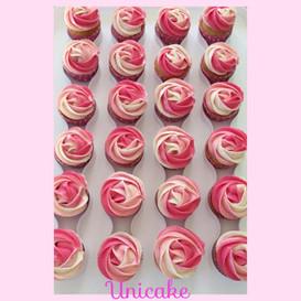 Cupcakes roses.jpg