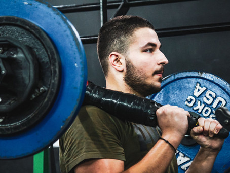 >>>What NOT to do when squatting - PART 4<<<