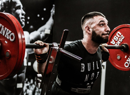 >>>What NOT to do when performing a Barbell Back Squat - PART 1<<<