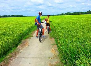biking1-1024x768-1024x768.jpg