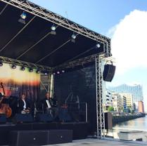 Event Cruisedays Musik Chapeau