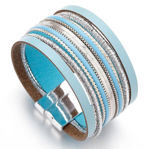 Boho chic turquoise leather bracelet