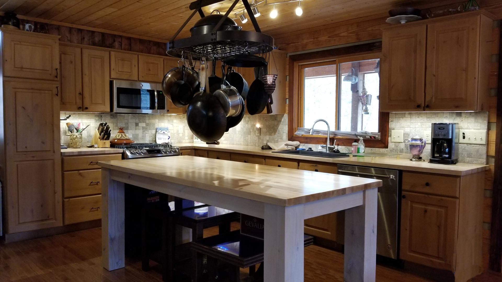 serafini kitchen edited.jpg