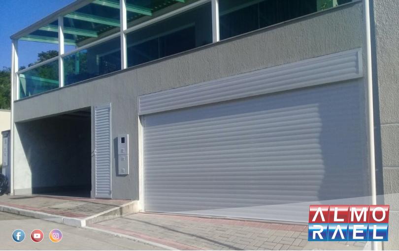 Portão de Garagem de Enrolar